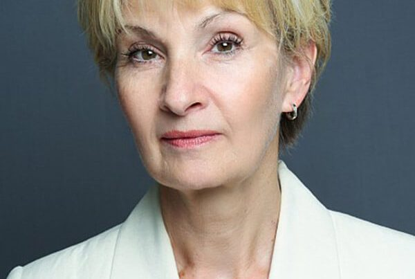 Role Play Actor and Assessor - Louise